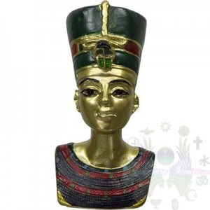 "FIGURINE EGYPTIENNE 2.25""  bustes Nefertiti"